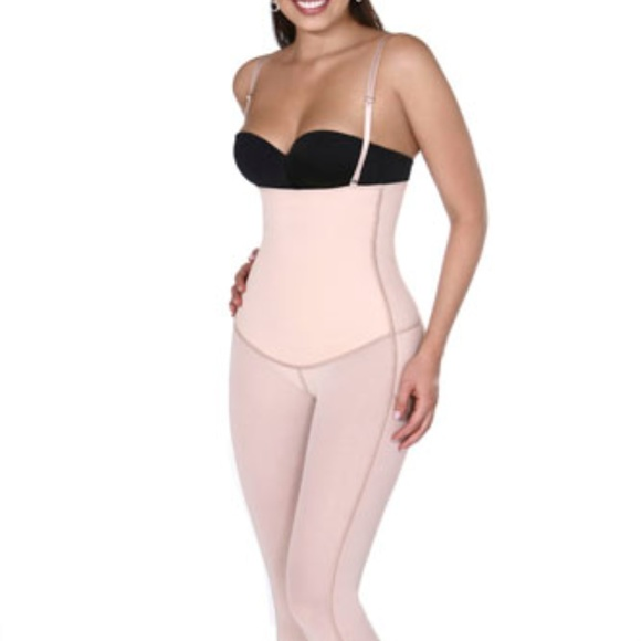 Vedette 938 Full Body Control Suit w// High.